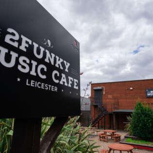 cafe 20210805-RAVPhotography-2funky-21912