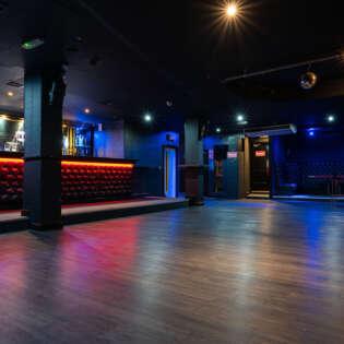 lounge 20210805-RAVPhotography-2funky-21886