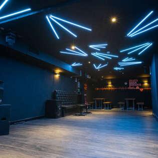 lounge 20210805-RAVPhotography-2funky-21901
