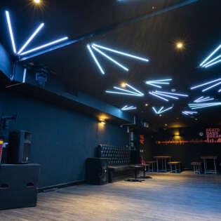 lounge 20210805-RAVPhotography-2funky-21902